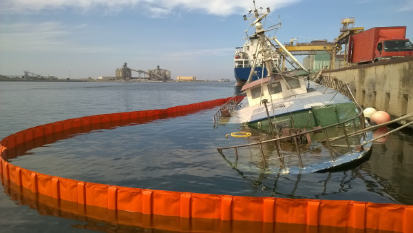 Antinquinamento-acque-tharros-marittima